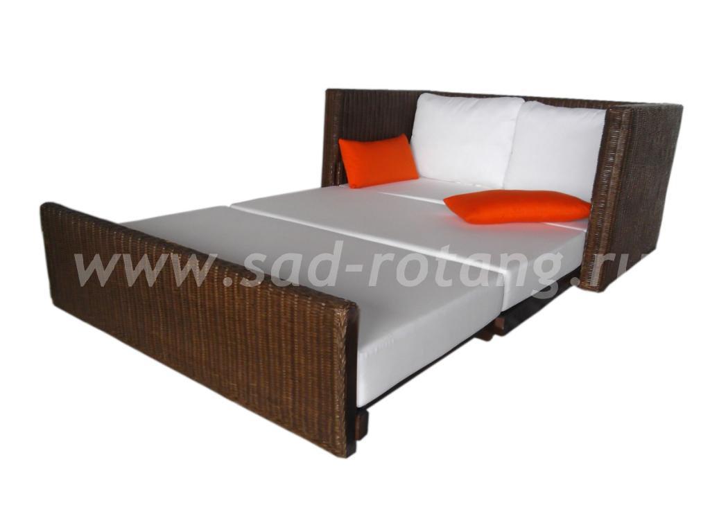 Раскладной диван из ротанга