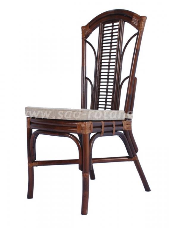 Обеденый стул с подушкой Aston