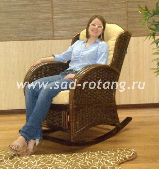 Плетеное кресло-качалка Wing-R